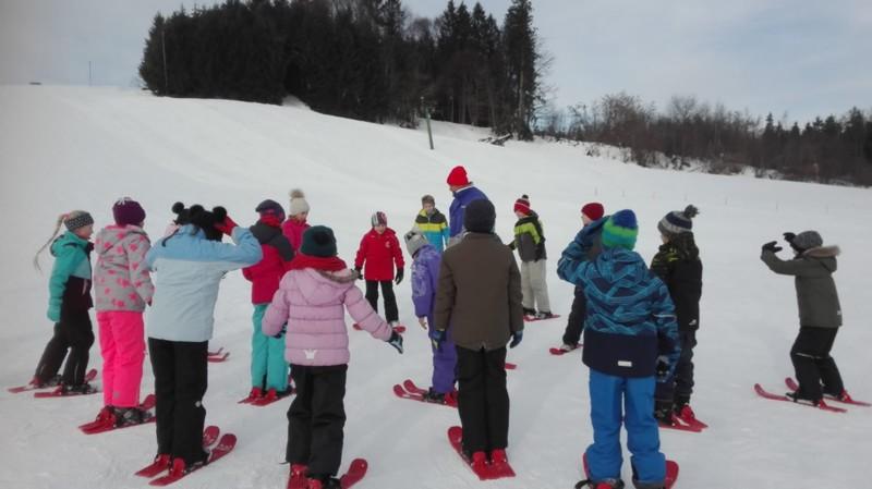 PistenBully Aktionstag in Niederwangen- lockt viele Kinder in den Schnee