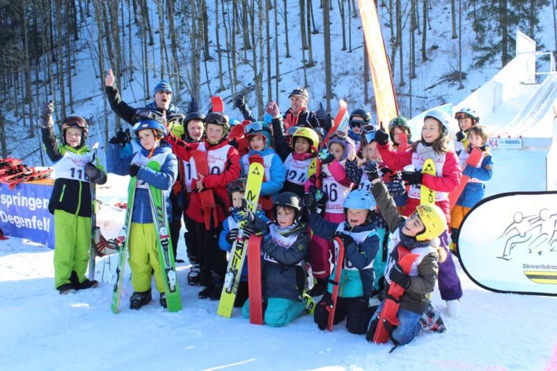 PistenBully Aktionstag und Grundschulwettbewerb Skispringen Degenfeld